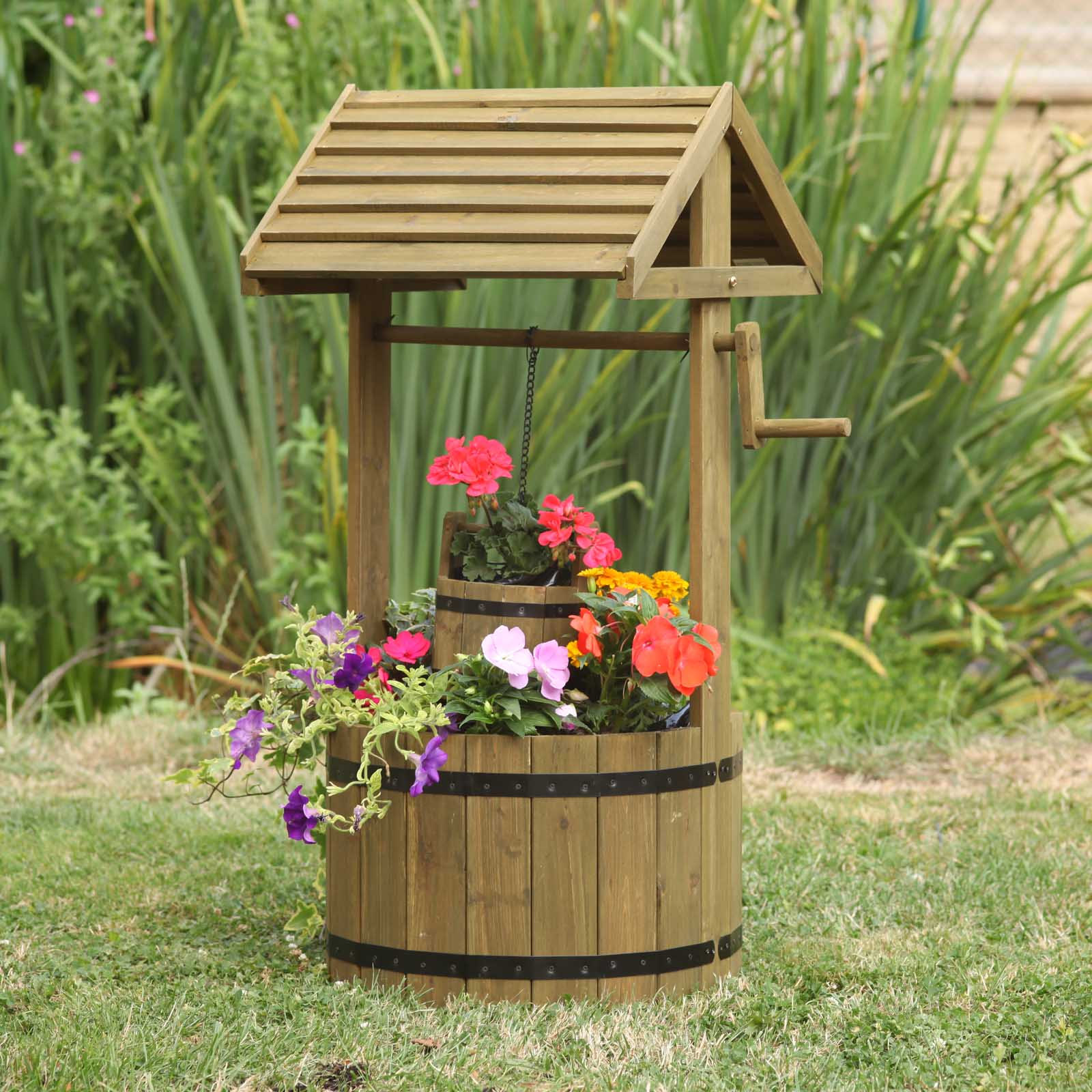 Woodland Wishing Well Planter by Smart Garden ⋆ Garden Universal